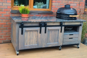 Granite stone countertop for Kamado barbecue - an extremely practical and long-lasting solution for your outdoor kitchen